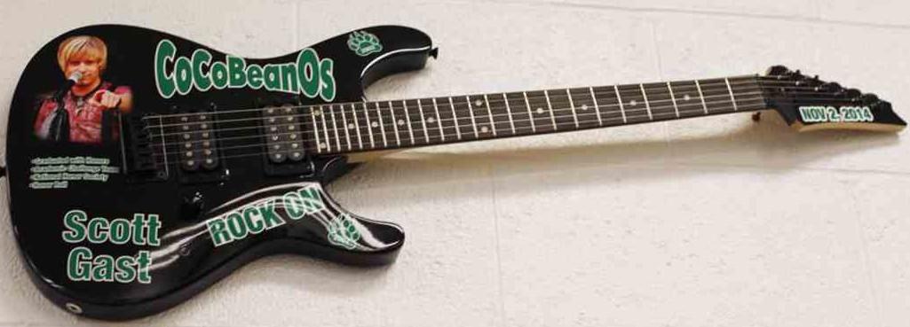 GastMemorial- guitar - margaretta